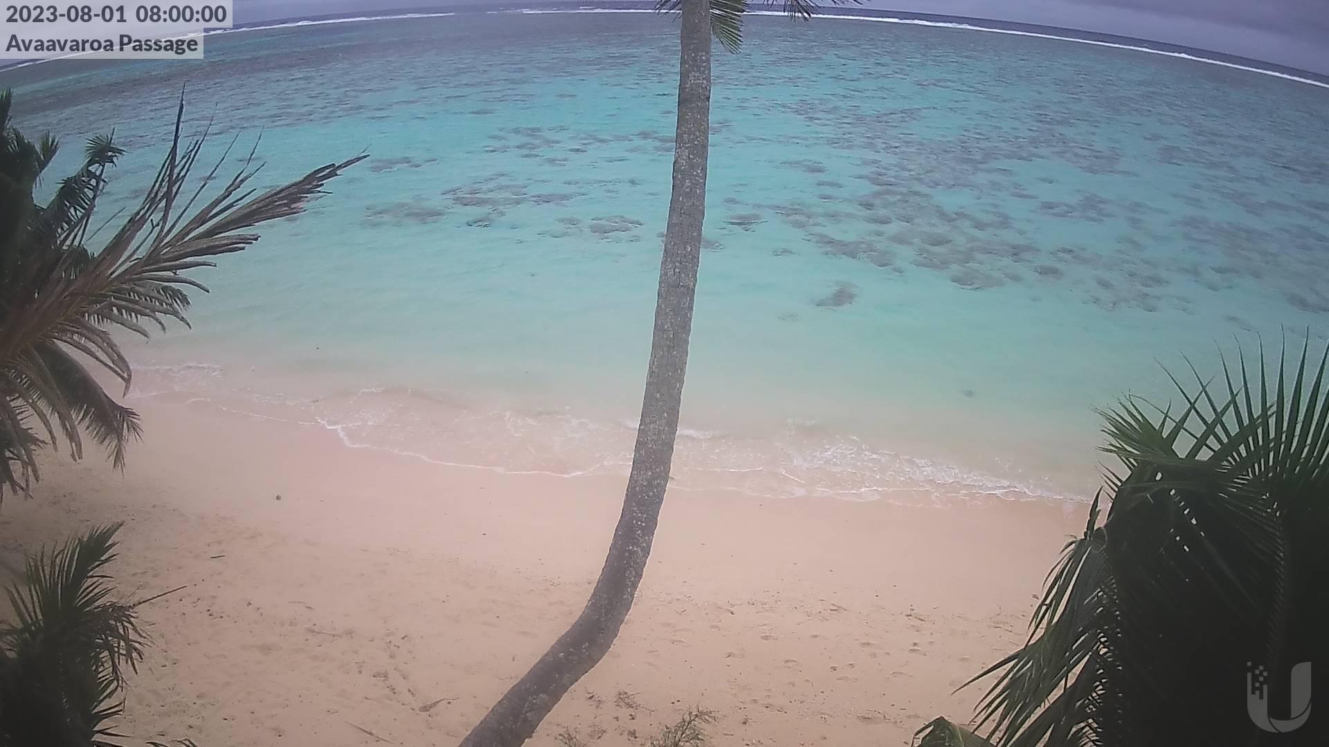 08:00 AM @ Avaavaroa Beach